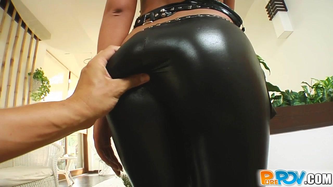 См порно в лосинах в кожаных штанах и юбках