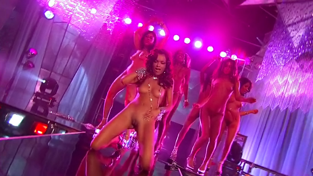 youtube-nude-oiled-girls-dancing-in-club