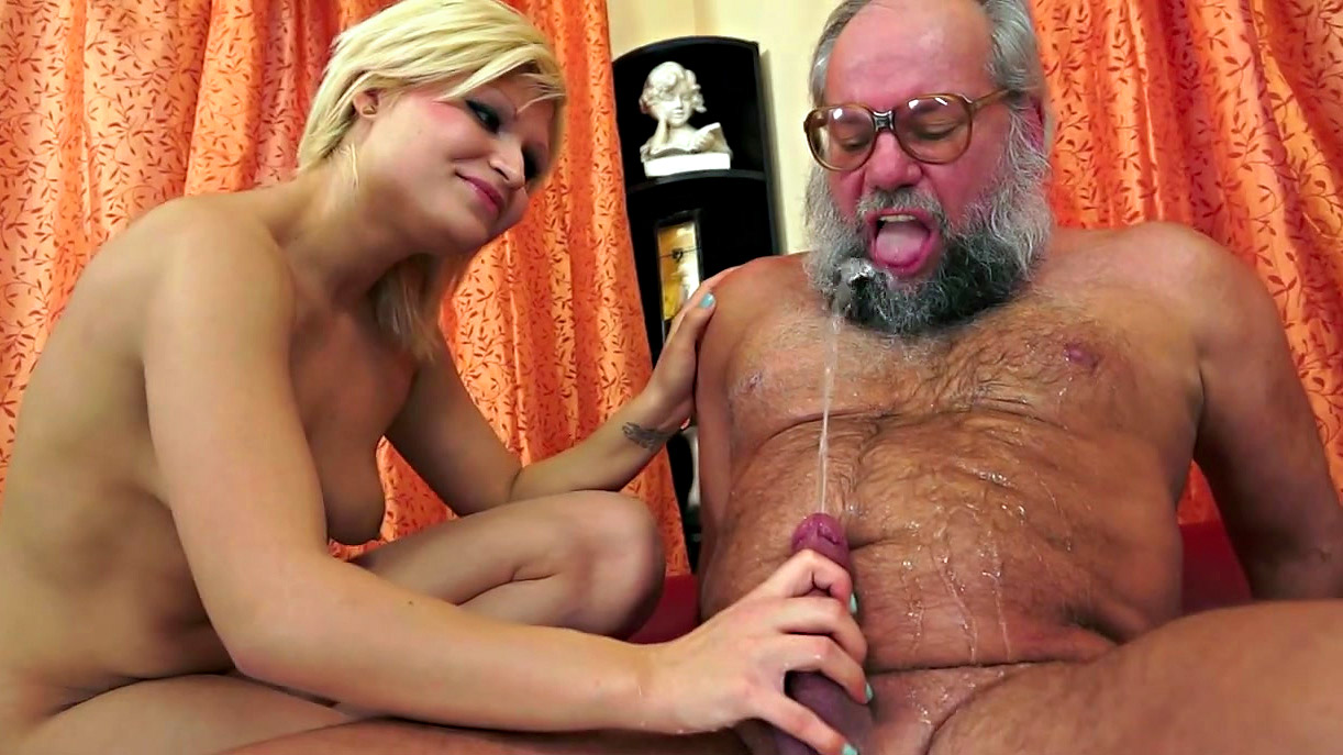 Смотреть порно бородатый старик — 3