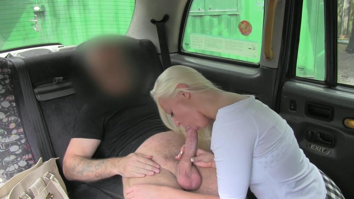 у парня не было денег пришлось отсосать таксисту - 6