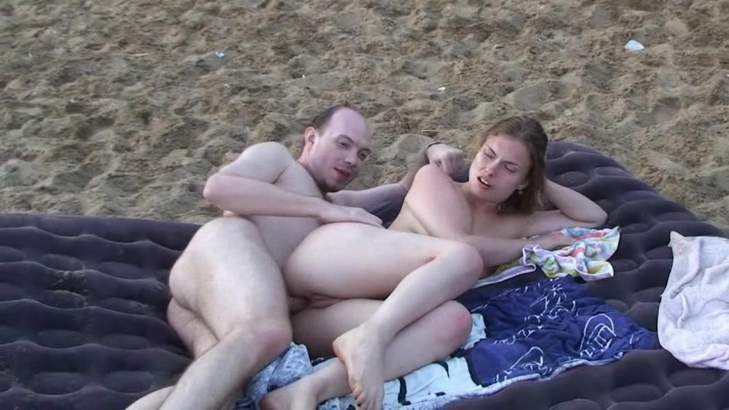 русское порно на пляже с разговором