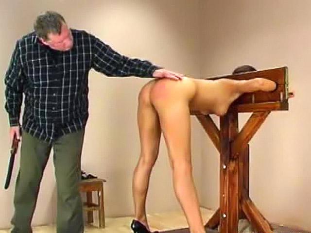 Порно видео по голой стреляют видео порно актрисы звезды