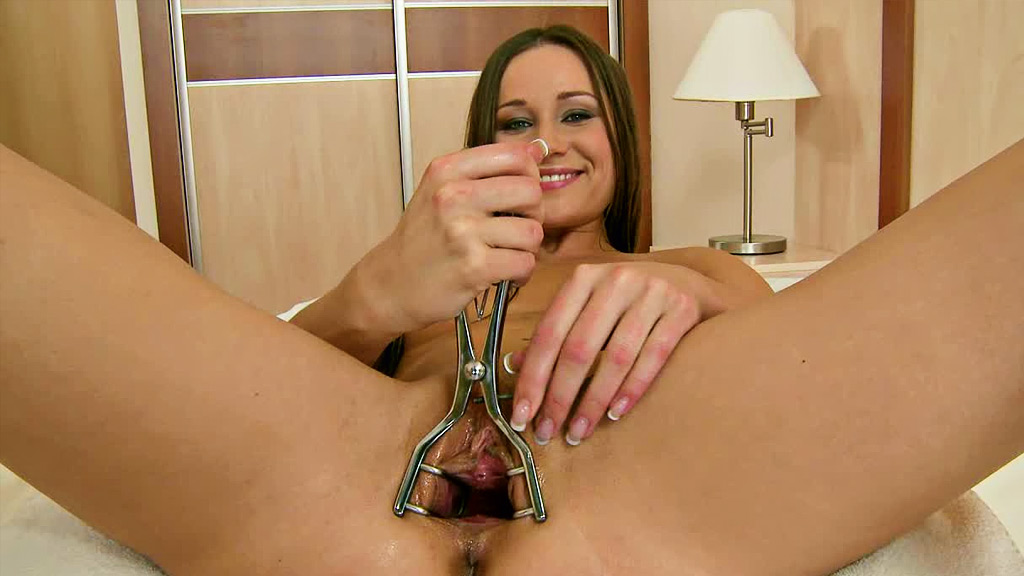 Pussy stretching sex pics, best free stretched cunt porn images