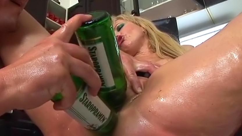досуг интим гиг фото порно с бутылкой поэтому мужчины